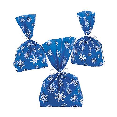 Fun Express – Blue Snowflake Cello Bags (12pc) for Christmas – Party Supplies – Bags – Cellophane Bags – Christmas – 12 Pieces