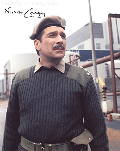 NICHOLAS COURTNEY as Brigadier Lethbridge-Stewart - Doctor Who GENUINE AUTOGRAPH