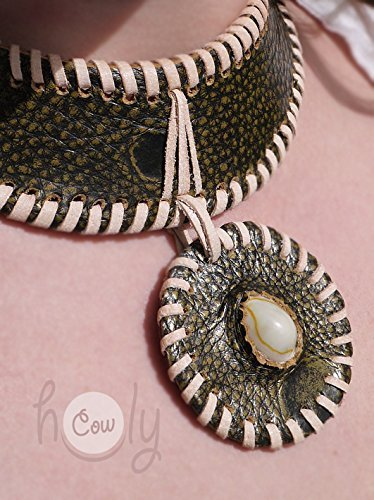 Medieval Handmade Pebbled Green Leather Seashell Embossed Necklace
