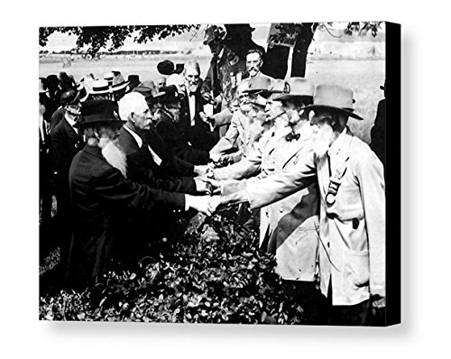Rare Framed 1913 The Civil War Battle Of Gettysburg Soldier Reunion Vintage Photo. Jumbo Giclée Print (Civil War Pictures Framed)