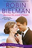 Kissing the Maid of Honor (Secret Wishes Book 1)