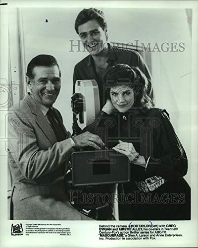 (1983 Press Photo Rod Taylor, Greg Evigan and Kristie Alley in