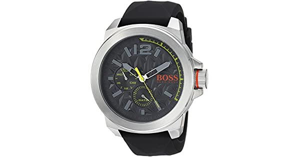 885803fa4 Hugo Boss Men's Grey Dial Rubber Band Watch - 1513347: Amazon.ae: Deziner  Outlet