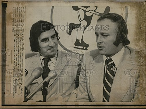 Vintage Photos 1972 Press Photo Gerry Cheevers Stanley Cup Bonsto N Bruits Dick Miletti from A Newspaper Archive