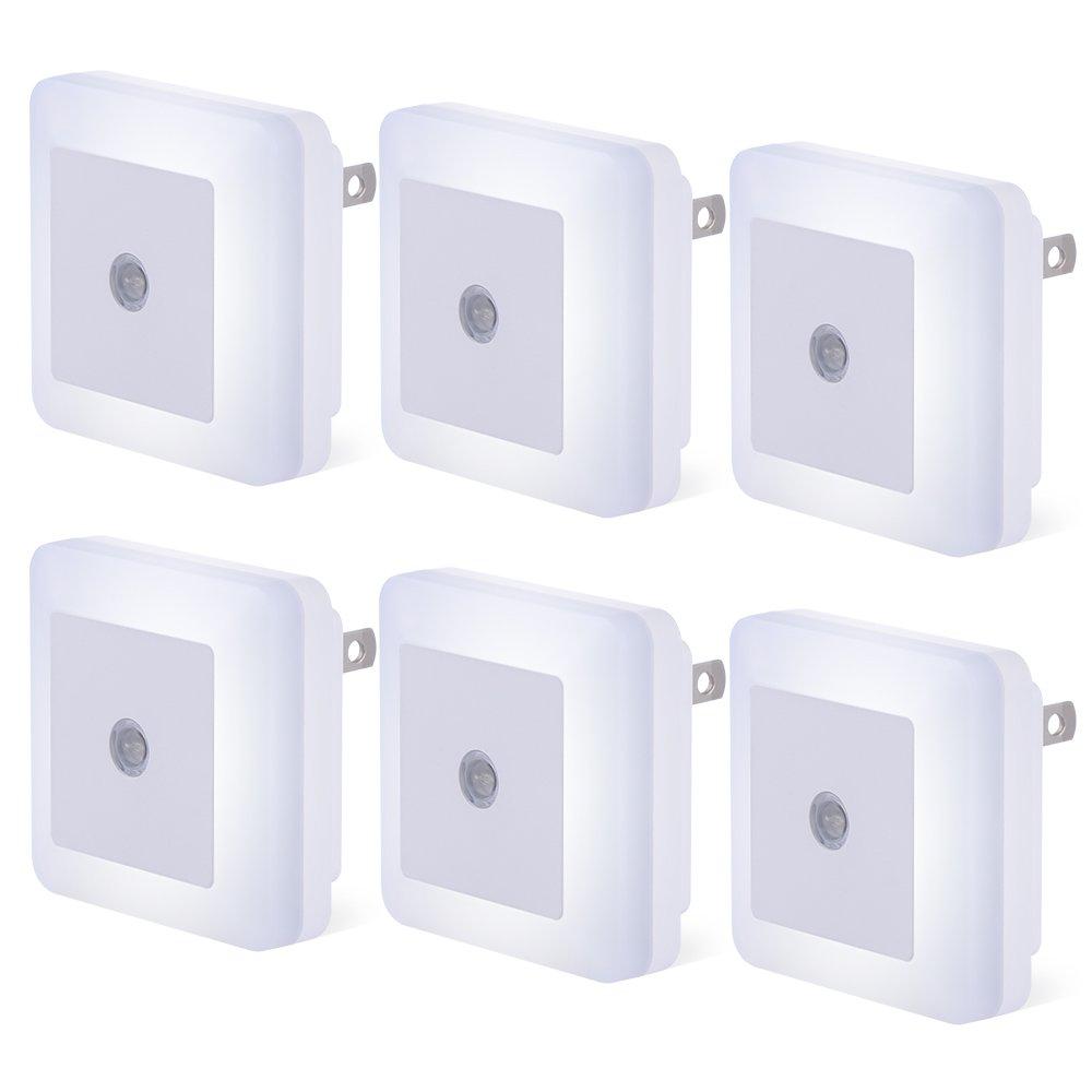 プラグインLEDセンサーナイトライト、6パックコンパクトDusk to Dawnセンサーデイライトホワイトライトランプウォールライトエネルギー効率の寝室、廊下、バスルーム、キッチン、階段 – デイライトホワイト B07CQMTTP8