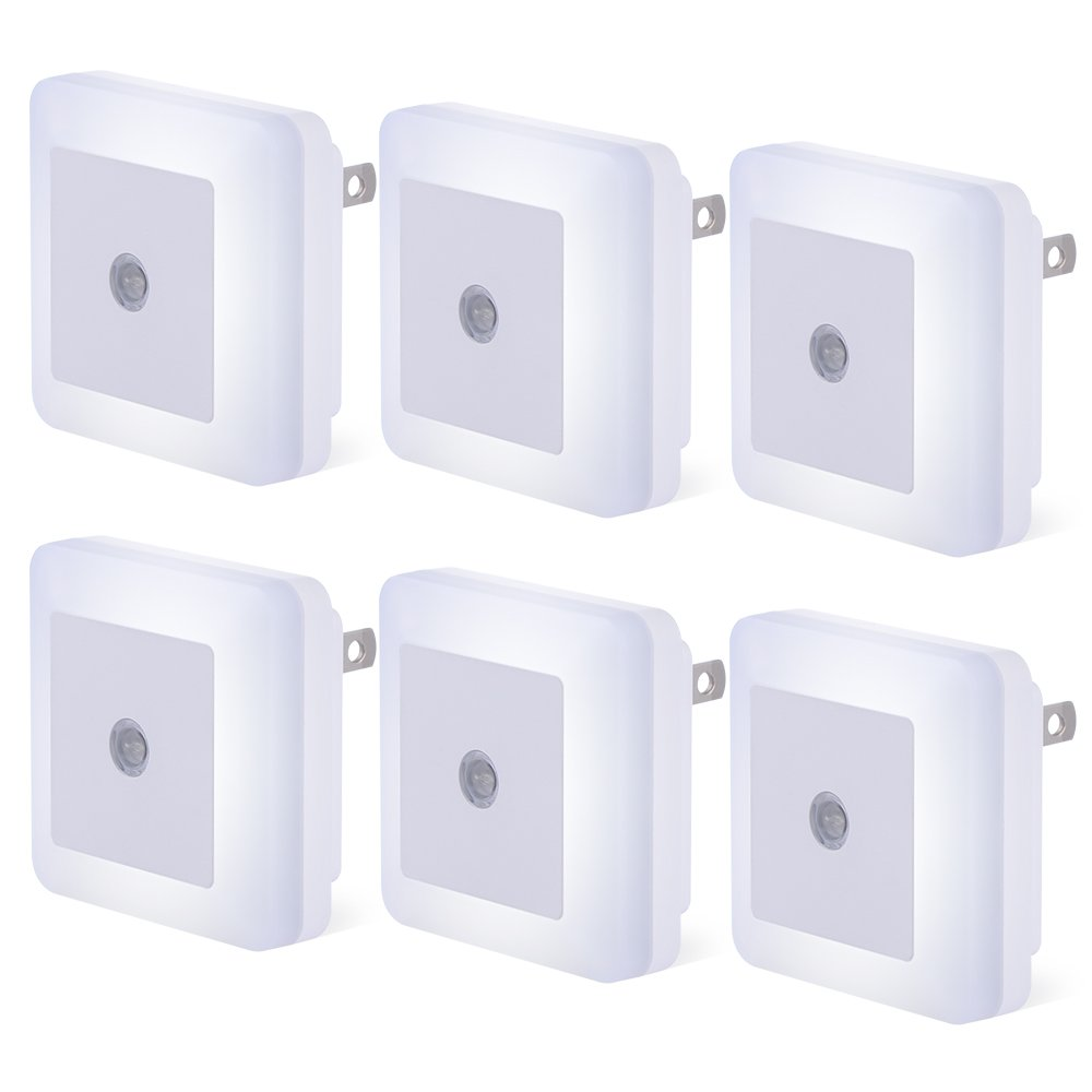 Plug-in LED Sensor Night Light, 6 Pack Compact Dusk to Dawn Sensor Daylight White Light Lamp Wall Light Energy Efficient for Bedroom, Hallway, Bathroom, Kitchen, Stairs - Daylight White