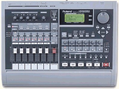 - Roland VS-840 Digital 8-TRACK Audio Recording Station