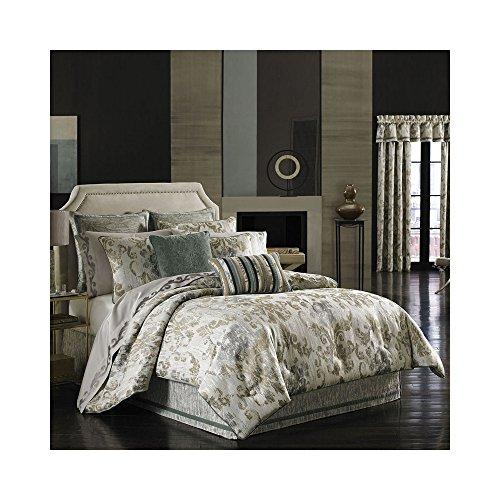 J Queen New York Seville Comforter Set - Queen - Damask Scroll - Seville Comforter Set