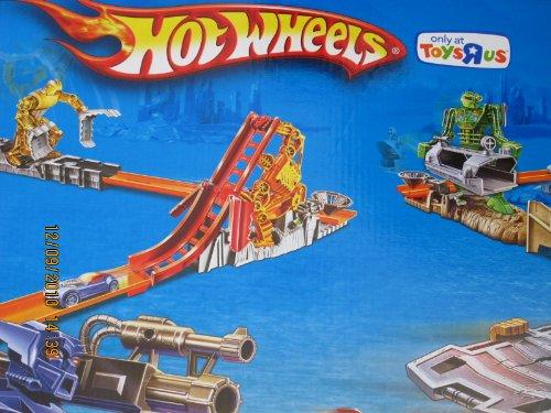 hot wheels trick tracks robot stunt world w 9 cars - toys u0026quot r u0026quot us exclusive  2010