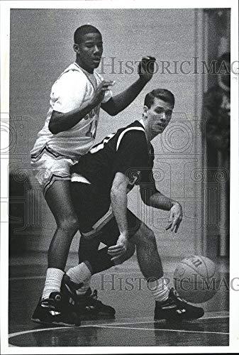 Vintage Photos Press Photo Carter HS Basketball Player, Sean Smith,C Hill in Ga.