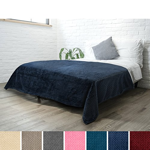 PAVILIA Luxury Soft Plush Navy Blue Blanket for Twin Bed, Sofa, Couch | Silky Velvet Fleece Chevron Pattern | Cozy, Warm, Fuzzy Lightweight Microfiber | All Season Use | 60 x 80 Inches