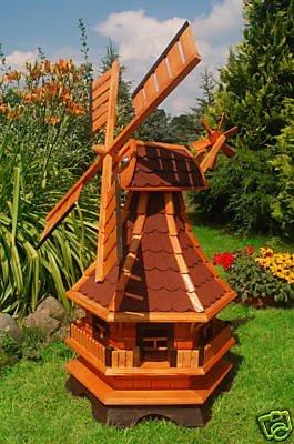 Wunderschöne große Windmühle aus Holz mit roten Bitumschindeln (imprägniert)