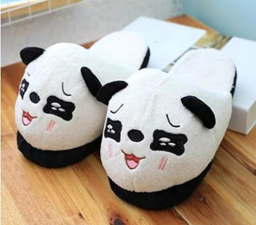 A pair of Panda Slippers Cartoon Plush Slippers Home Slippers [A] TSVe17