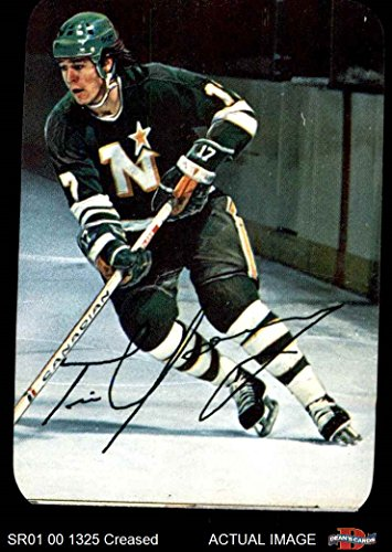 1977 Topps O-Pee-Chee Glossy # 22 RND Tim Young North Stars (Hockey Card) (With Rounded Corners) Dean's Cards 3 - VG North Stars