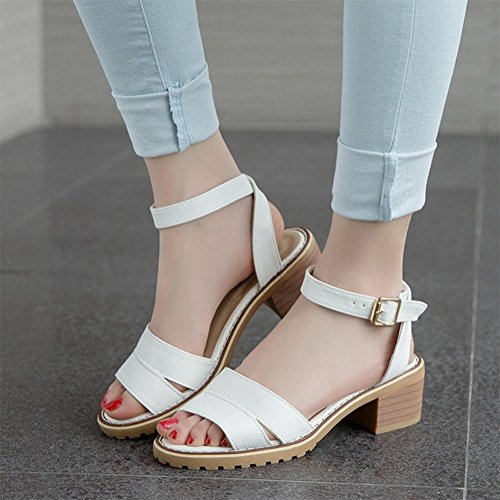 Sommer offene Sandalen Wort Schnalle Schuhe mit dicken wasserdichten Taiwan-weiblichen Sandalen Student white