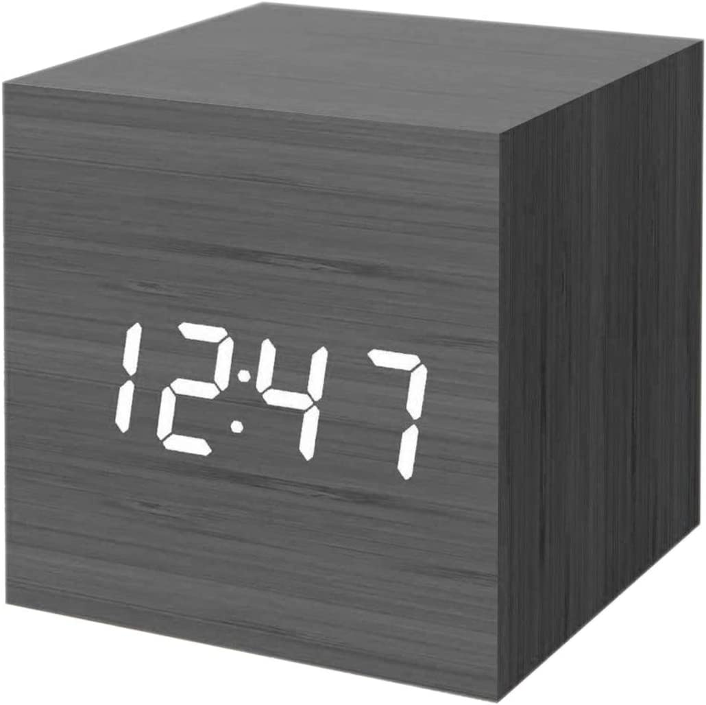 "A picture of this clock to better elaborate ""Best Cheap Alarm Clocks"""