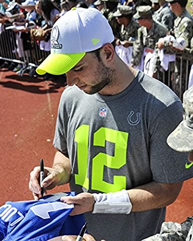 Indianapolis Colts' Quarterback Andrew Luck signs autographs for service members and their families - Colts Quarterback