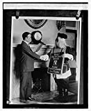 1923 December 3. Photo Roosevelt buying Red Cross Seals, 12/3/23