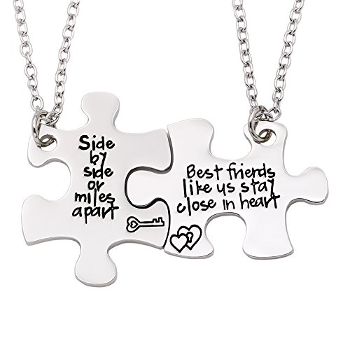 Melix Home Side by Side Best Friends Close in Heart Necklace Set / Keyring Set (Best-friend-Necklaces)
