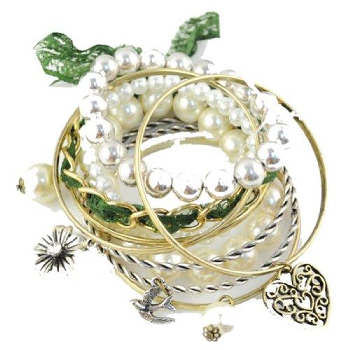 Huan Xun Multi-Strand Stretch Bracelet with Pearl Love Heart Charm (Pearl Strand Heart Bracelet)