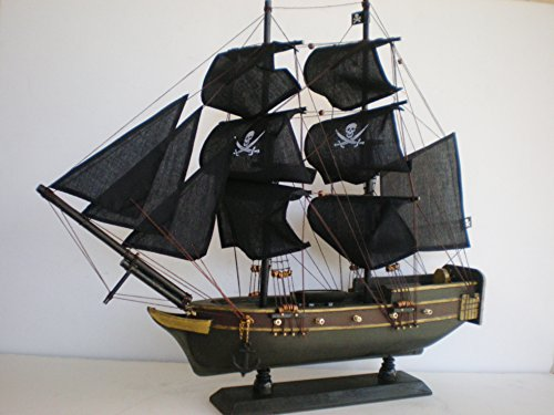 (Wooden Weathered Model Pirate Ship Boat Sailing Vessel 20