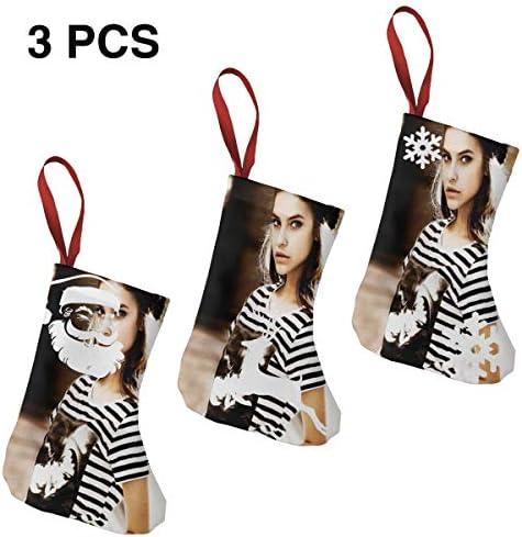 クリスマスの日の靴下 (ソックス3個)クリスマスデコレーションソックス モデルBarbara Palvin クリスマス、ハロウィン 家庭用、ショッピングモール用、お祝いの雰囲気を加える 人気を高める、販売、プロモーション、年次式