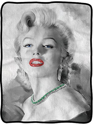 Marilyn Monroe Portrait Fleece Blanket 45
