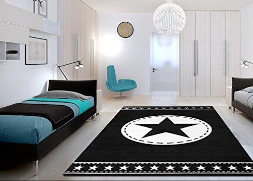 Schwarz Wei Jugendzimmer   Jugendzimmer Teppich Schwarz Weiss Mit Exklusivem Stern Teppiche M