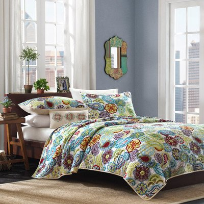 Tamil Quilt Set Size: Full / Queen