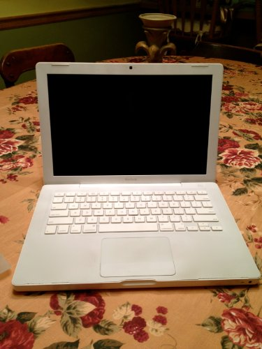 Apple Macbook A1181 Macbook2 MB061LL