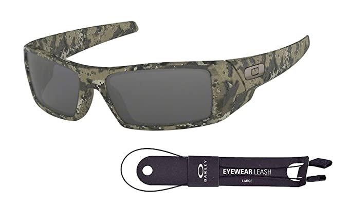 96cb796188cfc Oakley Gascan OO9014 901412 60M Desolve Bare Black Iridium Sunglasses For  Men +BUNDLE with