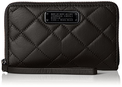 Marc By Marc Jacobs Leather Clutch (Marc by Marc Jacobs Crosby Quilt Leather Wingman Wristlet, Black, One Size)