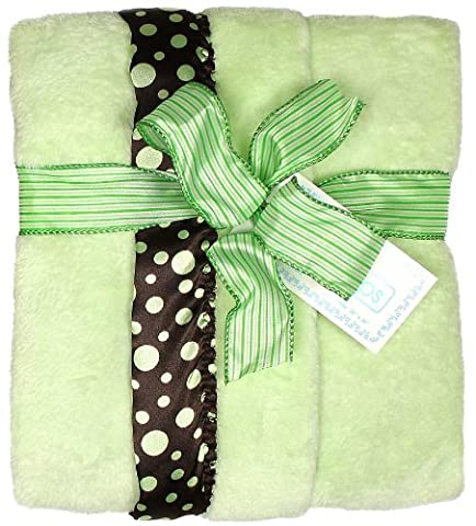 Raindrops Flurr Receiving Blanket, Brown with Sage Dots
