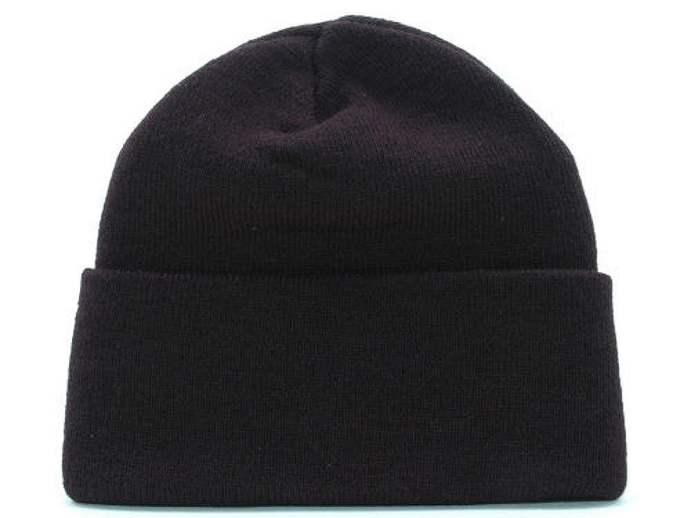 3e3c70bb548 Amazon.com  Cincinnati Bengals New NFL Basic Cuffed Black Knit Hat- One  Size Fits All OSFA  Clothing