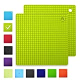 INNOKA [2-Pack Silicone Pot Holders Trivet Mats Heat Resistant to 482°F, Non-Slip, Insulation, Durable, Flextible Hot Pads [Square Shape] (7.3'' x 7.3''), Light Green