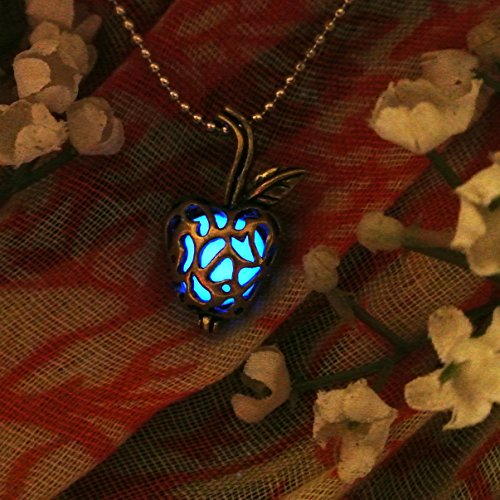Apple Glow in the Dark Necklace Jewelry Pendant Steampunk Fairy Magical ()