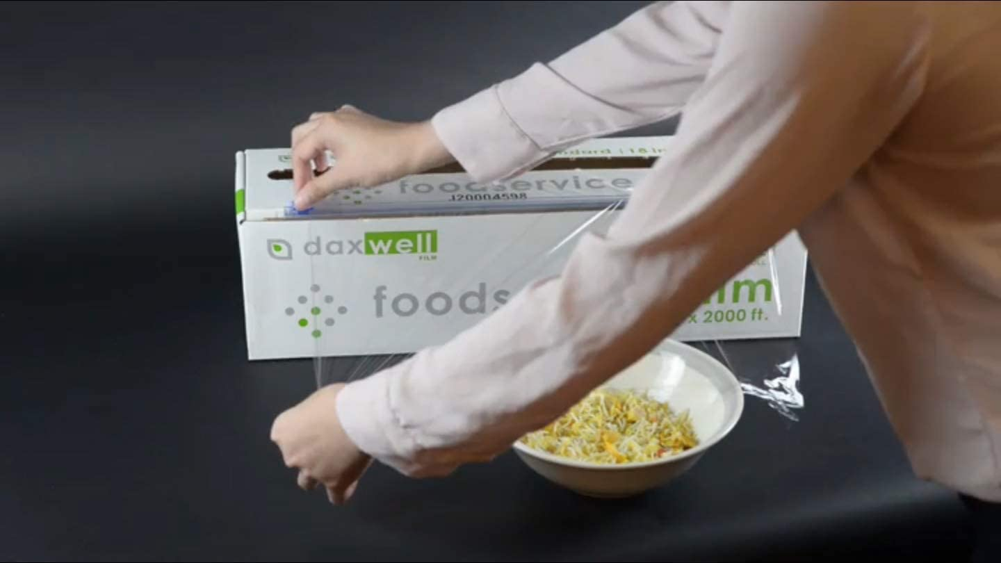 foodservice film with 2-way slide cutters