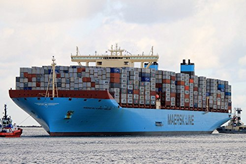 maersk-mc-kinney-moller-largest-container-ship-poster-cloth-wall-sticker-wall-decor-custom