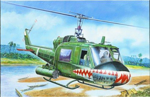 Italeri 0050S 1/72 Bell Huey UH-1C Gunship Helicopter