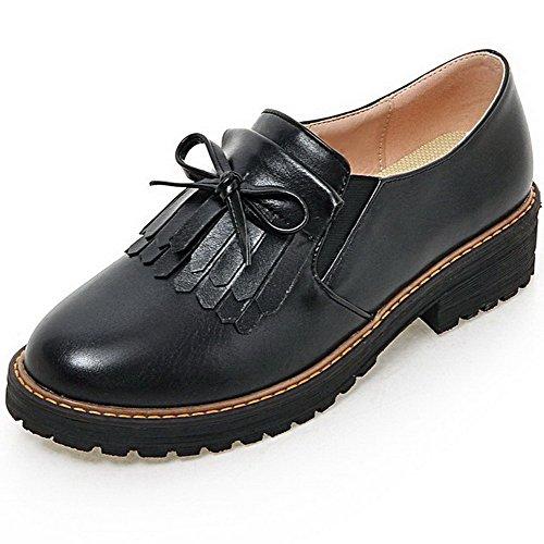 AllhqFashion Damen Niedriger Absatz Weiches Material Ziehen auf Rund Zehe Pumps Schuhe Schwarz