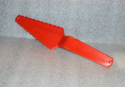 - Vintage Tupperware Pastry Server Pie Wedge Cutter Poppy Red