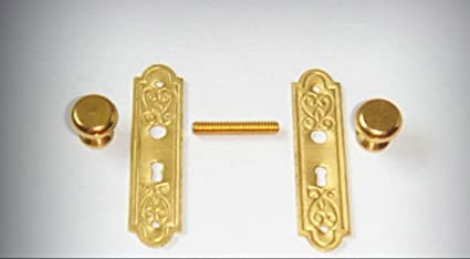 1:12 Scale Dollhouse Victorian Aged Brass Knobs w//Back plates 3 pairs