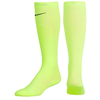 Amazon.com: Nike Elite - Calcetines de compresión graduados ...