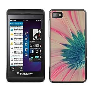 TopCaseStore / la caja del caucho duro de la cubierta de protección de la piel - Pink Spring Floral Petal - Blackberry Z10