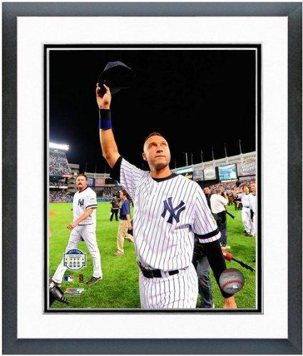 Derek Jeter New York Yankee Stadium Final Game Photo (Size: 12.5