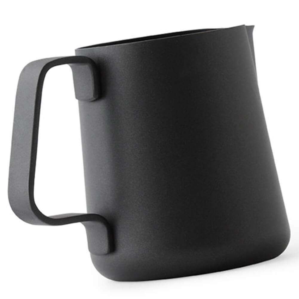 Ilsa Non Stick Milk Frothing Pitcher Professional Latte Art Milk Steaming Jug Stainless Steel, Black - 800ml / 27oz by Ilsa (Image #3)
