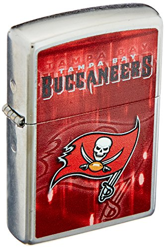 Zippo NFL Tampa Bay Buccaneers Street Chrome Pocket Lighter