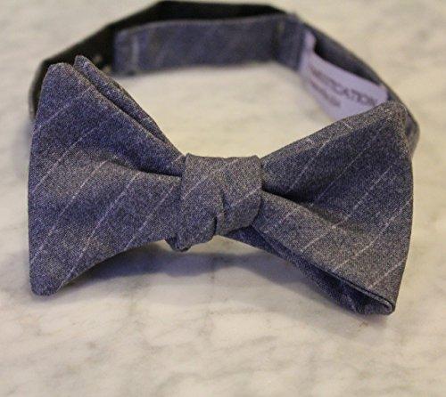 Stripe Freestyle Bow Tie (Gray and Silver Stripe Bow Tie)