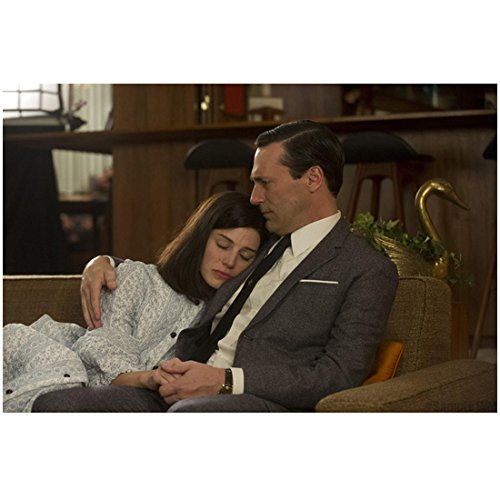 Mad Men Don and Megan Draper Cuddle On Couch 8 x 10 - Draper Don Megan