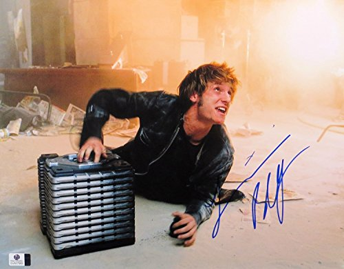 Jamie Bell Signed Autographed 11X14 Photo Jumper on Floor ()
